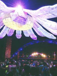 For all the new and best EDM check out this page: https://www.facebook.com/ElecDanMusic