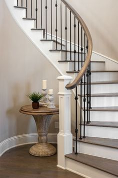ml – staircase House Stairs, Staircase Remodel, Staircase Decor, Home Stairs Design, Railing Design, Staircase Railings, Wrought Iron Stairs, Wrought Iron Staircase, Staircase Makeover