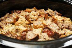 Slow Cooker Maple French Toast / MOMS KITCHEN HANDBOOK