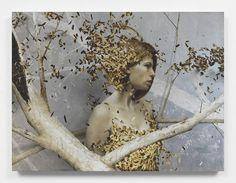 Golden Leaves and Women by Brad Kunkle – Fubiz Media