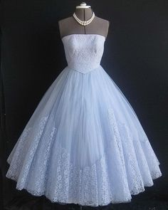 50s prom dresses I would so wear this