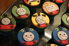 thomas and friends party ideas | 12 x regular vanilla flavoured sponge cupcakes with vanilla ...