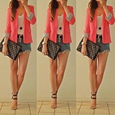 Casual outfit, love the blazer