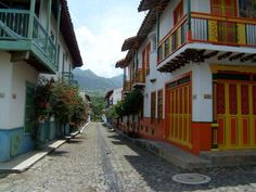 Calles en Cauca Viejo suroeste Antioqueño