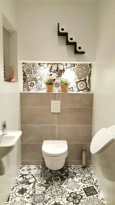 64 Adorable Bathroom Tile Design Ideas And Decor bathroom tile ideas, bathroom decoration, moder bat Bathroom Tile Designs, Bathroom Design Small, Simple Bathroom, Modern Bathroom, Bathroom Ideas, Toilet Tiles Design, Small Bathroom Tiles, New Interior Design, Bathroom Interior Design