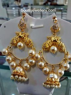 Jhumkas latest jewelry designs - Page 22 of 74 - Indian Jewellery Designs Gold Jhumka Earrings, Gold Bar Earrings, Jewelry Design Earrings, Gold Earrings Designs, Coral Jewelry, Necklace Designs, Beaded Jewelry, Jhumka Designs, Gold Necklace