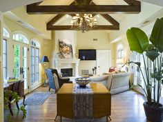Hughes-Edwards Builders || Custom Home Interiors – Nashville, Hendersonville, Davidson County, Williamson County, Wilson County, Sumner County... love that the beamed open ceilings make this space appear so much larger...