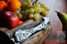 tray firewood and recycled aluminium aluminum melted on wood by Livyng Ecodesign