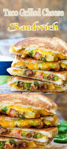 Taco Grilled Cheese - delicious as is, but eve better dipped in one of SBR's many dipping sauces. Sandwich Maker Recipes, Panini Recipes, Deli Sandwiches, Grilled Cheese Recipes, Grilled Sandwich, Soup And Sandwich, Grilled Cheeses, Chicken Recipes, Tartiflette Recipe
