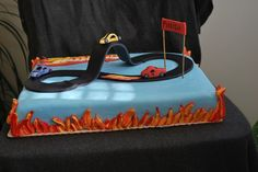 hot wheels cake by NibblesCakes.webs.com