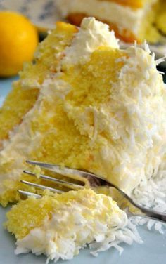Lemon Coconut Cake guiltless lemon coconut cake + perfect for Spring + Easter.guiltless lemon coconut cake + perfect for Spring + Easter. Lemon Desserts, Lemon Recipes, Just Desserts, Cake Recipes, Dessert Recipes, Healthy Lemon Cake Recipe, Diabetic Desserts, Diabetic Recipes, Healthy Recipes