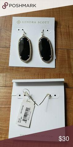Kendra Scott Black Elle Earrings Beautiful Kendra Scott black Elle earrings. No bag/box. No offers/trades on Kendra Scott. Have a wonderful day! 😁💜💛💚💙❤🌈 Kendra Scott Jewelry Earrings