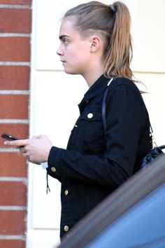 Cara Delevingne Shaved The Side of Her Head