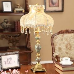 98.30$  Buy now - http://aliaef.shopchina.info/1/go.php?t=32791368005 - New Design Table Lamps Lights Resin Lamp Body Fabric Lampshade Desk Lampe AC110v 220v Led night table lamp for bedroom  #buyonlinewebsite