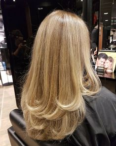 Cut My Hair, Hair Cuts, Hair Inspo, Hair Inspiration, Blonde Hair Looks, Aesthetic Hair, Bad Hair, Pretty Hairstyles, Hair Hacks
