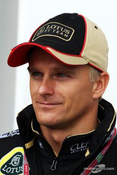 Heikki Kovalainen, Lotus F1 Team | Main gallery | Photos | Motorsport.com