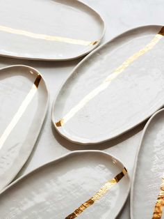 jojotastic // 12 makers of christmas // suite one studio - beautiful handmade ceramic plates with gold stripe from suite one studio - Ceramic Tableware, Ceramic Clay, Ceramic Pottery, Kitchenware, Cerámica Ideas, Sculptures Céramiques, Deco Originale, Plate Design, Paperclay