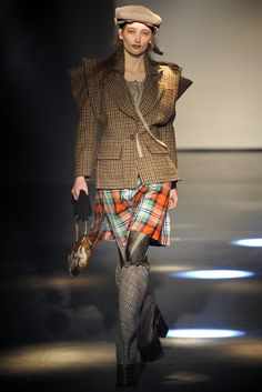 Vivienne Westwood Fall 2012 Ready-to-Wear - Collection - Gallery - Look 1 - Style.com