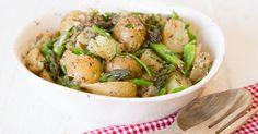 Parsa-perunasalaatti on helppo ja herkullinen salaatti vaikka piknikille mukaan otettavaksi. Kokeile ja ihastu!