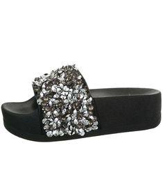 Čierne šľapky na platforme Sergio Todzi Toms, Platform, Sneakers, Fashion, Tennis, Moda, Slippers, Fashion Styles, Sneaker