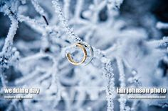 This is the pic i seen a long time ago that made me want a winter/snow wedding :)