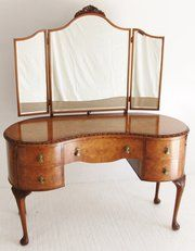 Charming Burr Walnut Kidney Shaped Dressing Table Condition: Excellent Origin:  English Circa 1920