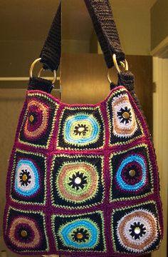 Crochet Granny Square Hobo Bag Pattern : Crochet Messenger Bag on Pinterest Diy Messenger Bag ...