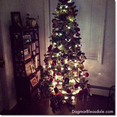Friday Pin Fest: link up your posts and pins! Plus our first Christmas tree in the Blue Cottage.