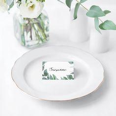 BORDKORT - LEAF ME - smukke bordkort til bryllup. #bryllup #bordkort #wedding #placecard Casual Wedding Reception, Acorn Wreath, Wedding Favors, Wedding Decorations, Maybe One Day, Wedding Place Cards, Invitation Design, Decorative Plates, Clouds