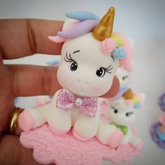 Perfect for a baby shower cake or kids birthday party. Our fondant is made out of marshmallow. * in length by high * Specify colors * days to ship * Fondant and fondant figures are made in a kitchen approve Fondant Figures, Rainbow Birthday, Unicorn Birthday, Unicorn Cake Topper, Gum Paste Flowers, Cake Tins, Marzipan, Savoury Cake, Cold Porcelain