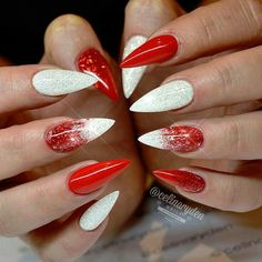 There are three kinds of fake nails which all come from the family of plastics. Acrylic nails are a liquid and powder mix. They are mixed in front of you and then they are brushed onto your nails and shaped. These nails are air dried. When creating dip. Christmas Nail Art Designs, Halloween Nail Designs, Halloween Nails, Snowflake Designs, Christmas Design, Red Acrylic Nails, Red Nails, Burgundy Nails, Red Stiletto Nails
