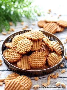 ciasteczka-z-maslem-orzechowym Sweet Recipes, Cake Recipes, Dessert Recipes, Desserts, Tasty, Yummy Food, Food Design, Food Inspiration, Love Food