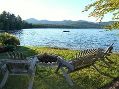 Peaceful Lakefront Cottage with Beautiful Mtn and Sunset Views near North Conway