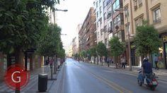 GRANADA | CENTRO | Calle Recogidas, a pie de pasaje soportales, de espaldas a Camino de Ronda.