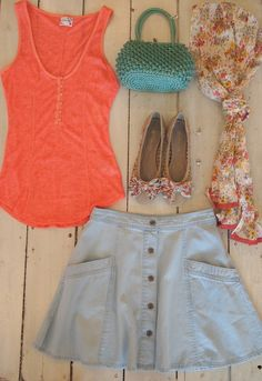 Free People skirt & tanks paired back to these adorable flats, scarf and of course our favorite vintage handbag!