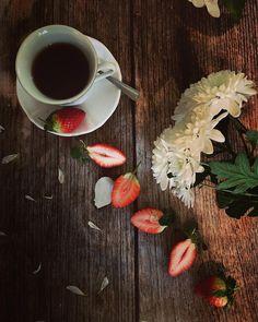 • Need/Want • . . #fms_needwant #littlemomentsapp #raw_flatlays #creativeflatlays #raw_coffee #acuppadate #abmlifeissweet #embraceeverydayjoyfully #myfavorite_hp #infinity__magazine_vsco #jj_still_life #jj_lookingdown #lovely_squares_1 #loves_united_coffee #mystory_cups #stilllife_perfection #serendipitystyling #country_stilllife #still_life_gallery #life_caffe #tv_neatly #tv_foodlovers #raw_kitchen #tv_stilllife #raw_moody #9vaga_coffee9 #fever_coffeetime #infinity_coffeebreak…