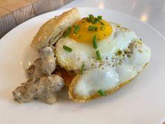 Egg Recipes For Breakfast, Sausage Breakfast, Breakfast Dishes, Brunch Recipes, Breakfast Ideas, Brunch Foods, Breakfast Biscuits, Brunch Dishes, Morning Breakfast