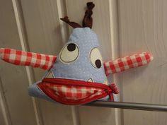 Handmade Cuties ❤ by Giusi : Monster Diy Doll, Softies, Bears, Lunch Box, Dolls, Handmade, Happy New Year, Faith, Baby Dolls