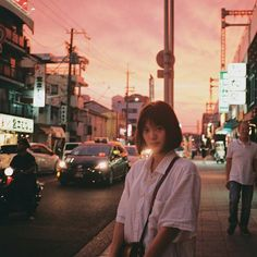 Discover recipes, home ideas, style inspiration and other ideas to try. Japanese Photography, Photo Portrait, Foto Pose, Aesthetic Girl, Aesthetic Japan, Photo Reference, Portrait Inspiration, Ulzzang Girl, Girl Photography