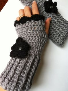 Fingerless gloves Crochet wrist warmer by LittleAsiaGirl on Etsy