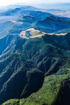 """Билната част на Природен парк Българка в района на връх Бузлуджа. // The crest of Natural Park """"Balgarka"""" in the area of peak Buzludja"""