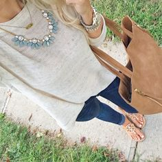 Neutrals for the winning ootd! Top: Loft / Necklace: Jcrew Factory / Initial Necklace: Stella & Dot / Handbag: Nordstrom / Shoes: Tory Burch