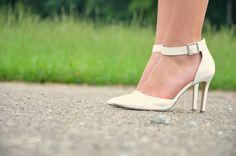 BACKLESS SUMMER - vintage life en Vogue - white shoes - görtz