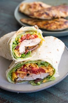 This Spicy Chicken Bacon Ranch Wrap is the perfect quick and easy meal packed with flavor! Spicy Chicken Wrap, Chicken Bacon Ranch Wrap, Vegetarian Steak, Low Carb Wraps, Best Meal Prep, Tortilla Wraps, Healthy Tortilla, Easy Wrap, Wrap Recipes