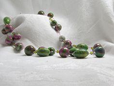 glanzende groen/paarse ketting
