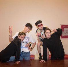 Winner Meme, Mino Winner, Winner Album, Yg Ent, Win My Heart, Group Photos, My Dear Friend, Kpop Groups, Ikon