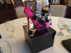 High Heel Centerpieces - made these for my sisters wedding shower! Party Centerpieces, Wedding Decorations, Shoe Decorations, Floral Centerpieces, Diva Party, Festa Party, 40th Birthday Parties, Deco Table, Centre Pieces