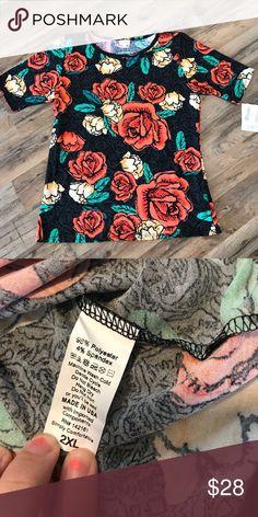 2XL Lularoe Gigi Shirt Super soft and stretchy. Perfect length for leggings or jeans. LuLaRoe Tops