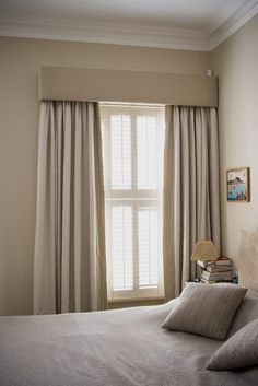 Bay Window Ideas - See a range of bay window styles that are used to record magnificent views, produce space for window seats, as well as fill rooms with light. Plain Curtains, Home Curtains, Modern Curtains, Curtains With Blinds, Valances, Sheer Blinds, Pleated Curtains, Farmhouse Curtains, Pelmet Designs