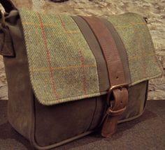Scottish Tweed - Small Despatch Bag | Walker Slater - Tweed Specialists Bike Messenger Bags, Tweed, Bike Bag, Tote Pattern, Large Shoulder Bags, Vintage Accessories, Leather Men, Leather Bags, Style Guides